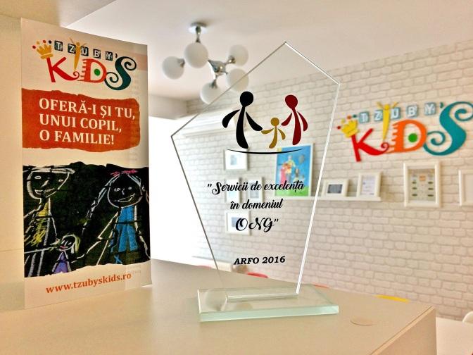 """Asociaţia """"Tzuby's Kids"""" primeşte Premiul pentru servicii de excelenţă în domeniul ONG"""